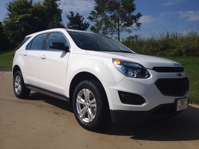 New Chevrolet Equinox LS 4dr SUV
